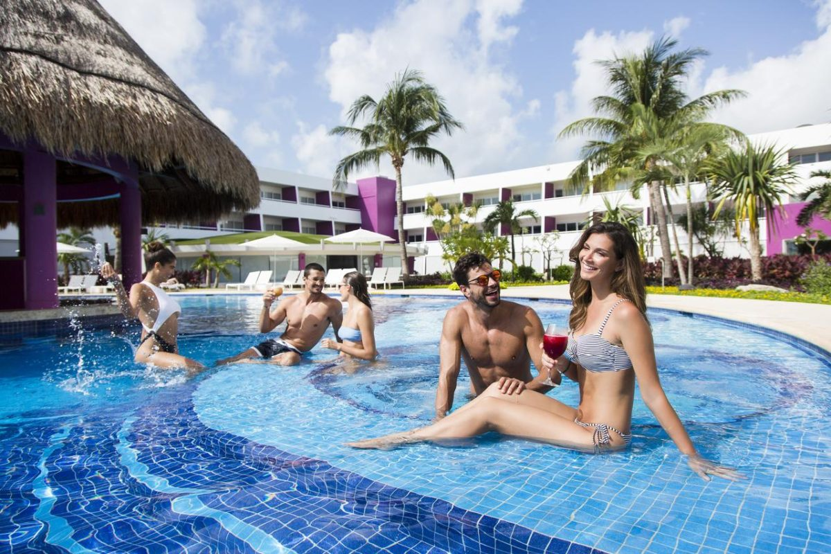 adult cancun only